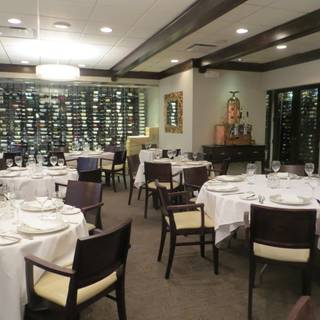Beachwood S Best Restaurants Based Upon Thousands Of Opentable Diner Reviews