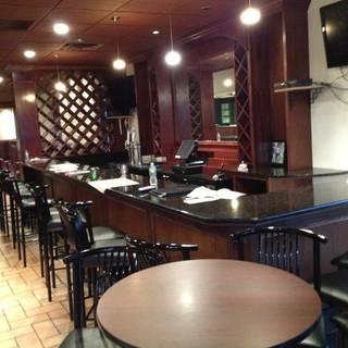 Roma Restaurant & Bar