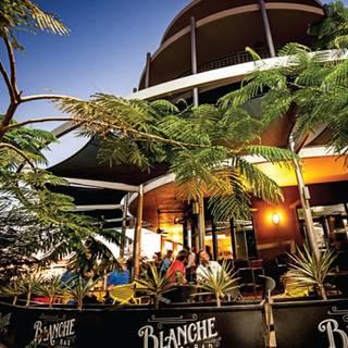 Blanche Bar