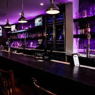 Coast Bar + Bistro
