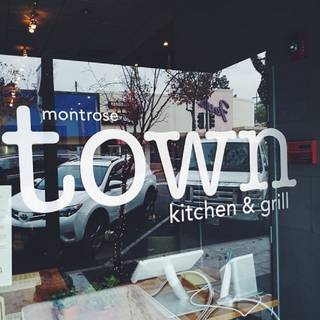 Montrose Town Kitchen and Grill