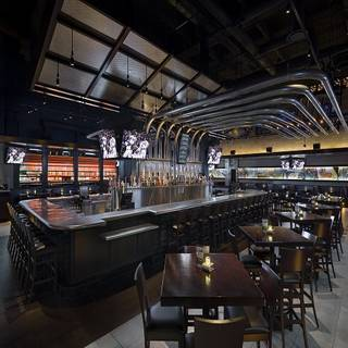 Yard House - Kansas City