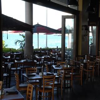 Gordon Biersch Brewery Restaurant Honolulu