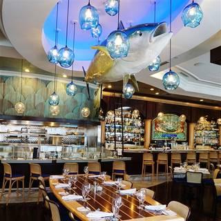 Louie 39 s wine dive saint louis restaurant clayton mo for 801 fish clayton
