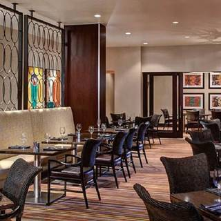 Centric Bar and Grill at the Marriott Dallas