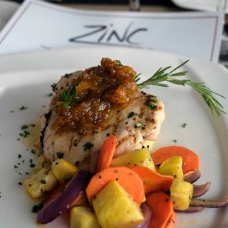 ZINC Holland Center Dining