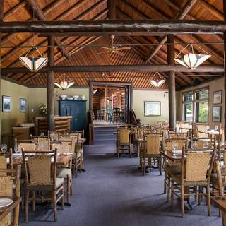 Deer Lodge – Mt. Fairview Dining Room