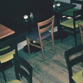 Zest Café Lounge