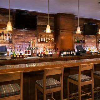 Hangar Bar & Grill - Four Points San Jose Airport Hotel