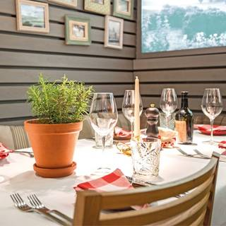 coast enoteca  - vini ed antipasti