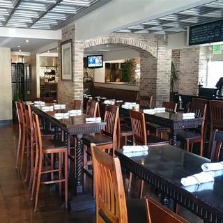 Avila 39 s el ranchito corona del mar restaurant corona for Cafe jardin newport beach