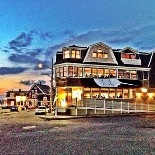 Quick's Hole Tavern
