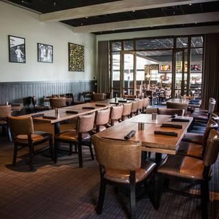 Tony roma 39 s orlando i drive restaurant orlando fl for Best private dining rooms orlando