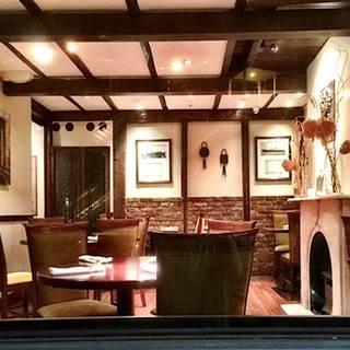 The Irving Inn Wine House