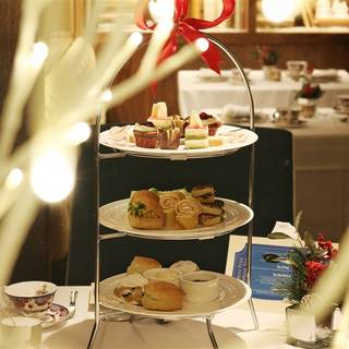 North Pole Express Afternoon Tea - Fairmont Hotel Vancouver