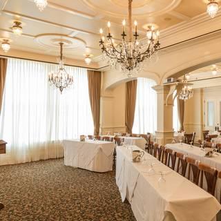 Fleur De Lis - Classroom With Rounds And Presentation- - Palace Café, New Orleans, LA