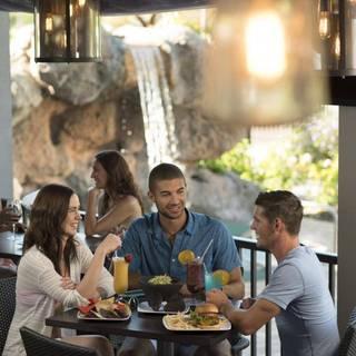 39 Poolside Bar & Grill