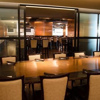 Howells hood restaurant chicago il opentable for 0pen table chicago