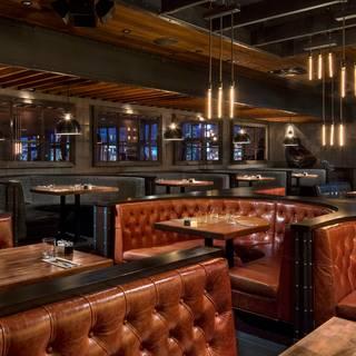 Earls Kitchen + Bar - Tin Palace - Edmonton