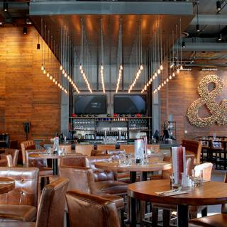 Earls Kitchen + Bar - Test Kitchen - Vancouver