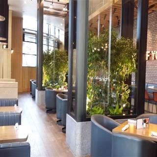 Moxie's Grill & Bar - Dallas