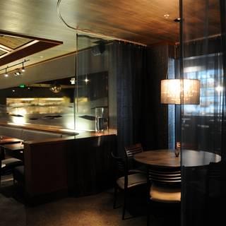 PEARL Bar & Dining