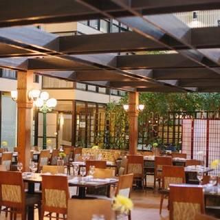 Atrium Restaurant - Radisson Edmonton