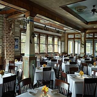 Landry's Seafood House - Branson