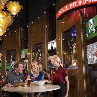 Doug Flutie's Sports Pub