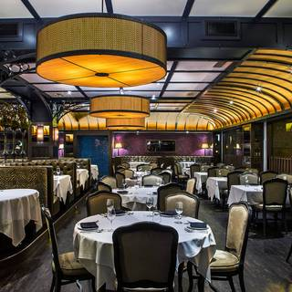 13 Restaurants Near Cadillac Palace Theatre Opentable