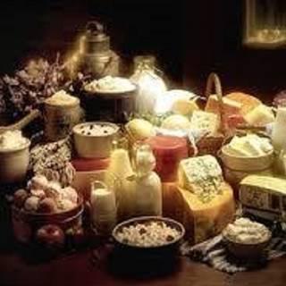 319 Wine & Cheese