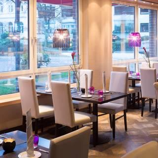 King George Bar & Restaurant im Crowne Plaza Hamburg