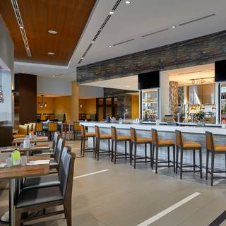 YAKIMA Social Kitchen + Bar