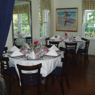 Pelican Cafe - Lake Park