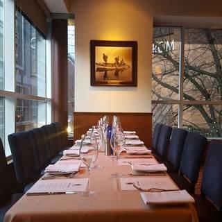 4 195 portland restaurants portland dining opentable for Ringside fish house menu