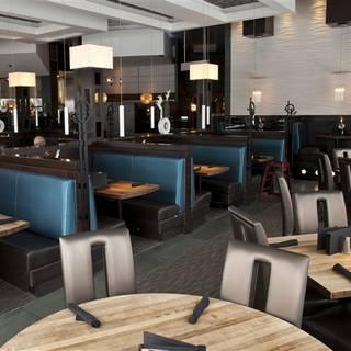 Moxie's Grill & Bar - Dixon Road