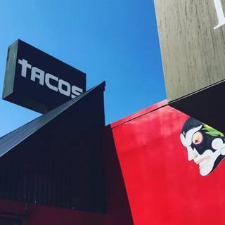 Mercado Taqueria