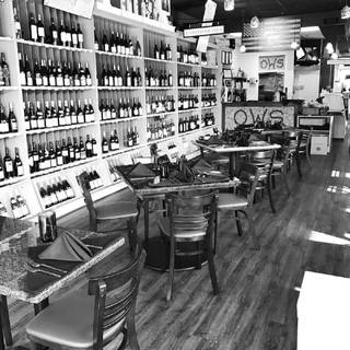 Oakton Wine Shop & Bistro