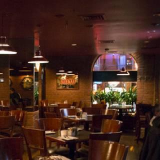 Dundees Bar & Grill