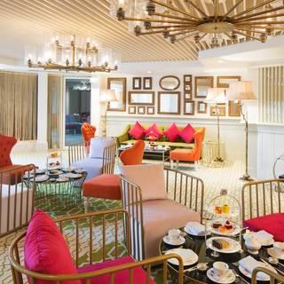 Champagne and Tea Lounge - Dukes Hotel Dubai