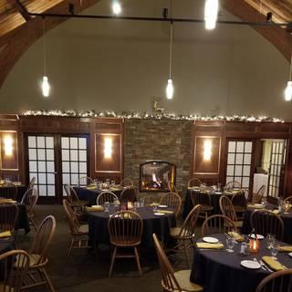 Ellden's Grill & Banquet - River Oaks Golf Club
