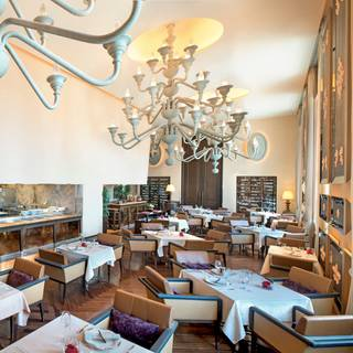 イタリア料理 ラ ベデュータ - セントレジスホテル大阪