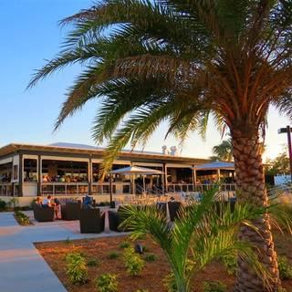 Lighthouse Grill Faro Blanco Resort Yacht Club