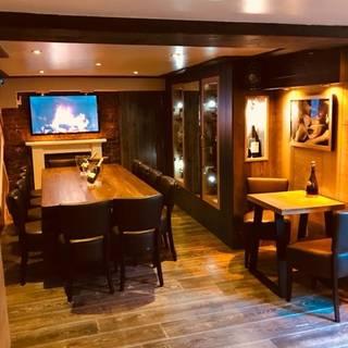 Townhouse Wine Bar & Kitchen