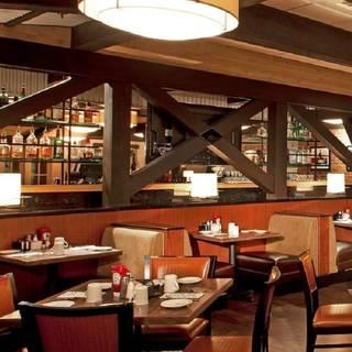 Max's Restaurant - Auburn