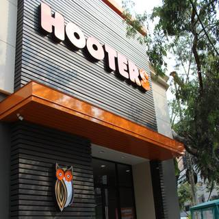Hooters Polanco