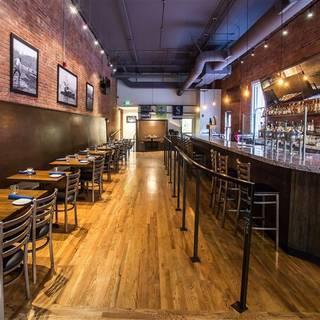 Taylor Shellfish Oyster Bar - Pioneer Square