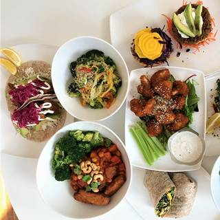 Fresh Restaurant - Yonge and Eglinton
