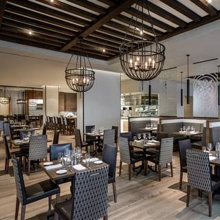 30 Restaurants Available Nearby