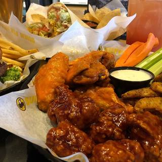 Buffalo Wild Wings - Lake Orion